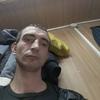алексей, 32, г.Остров