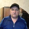 Виктор, 46, г.Волхов